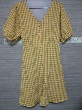 黃格子洋裝