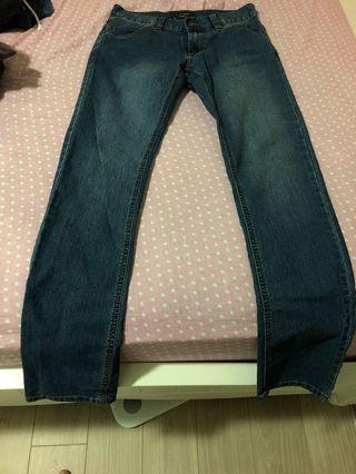 Bossini jeans 牛仔褲