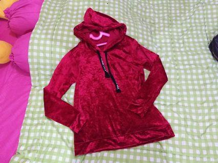 Sweather sweater suede merah red