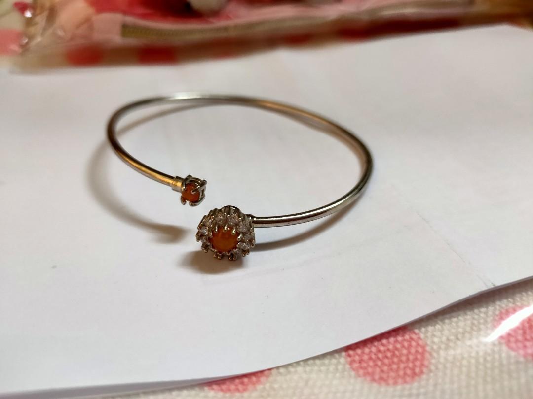 可調節式手環(前黃水晶可旋轉)