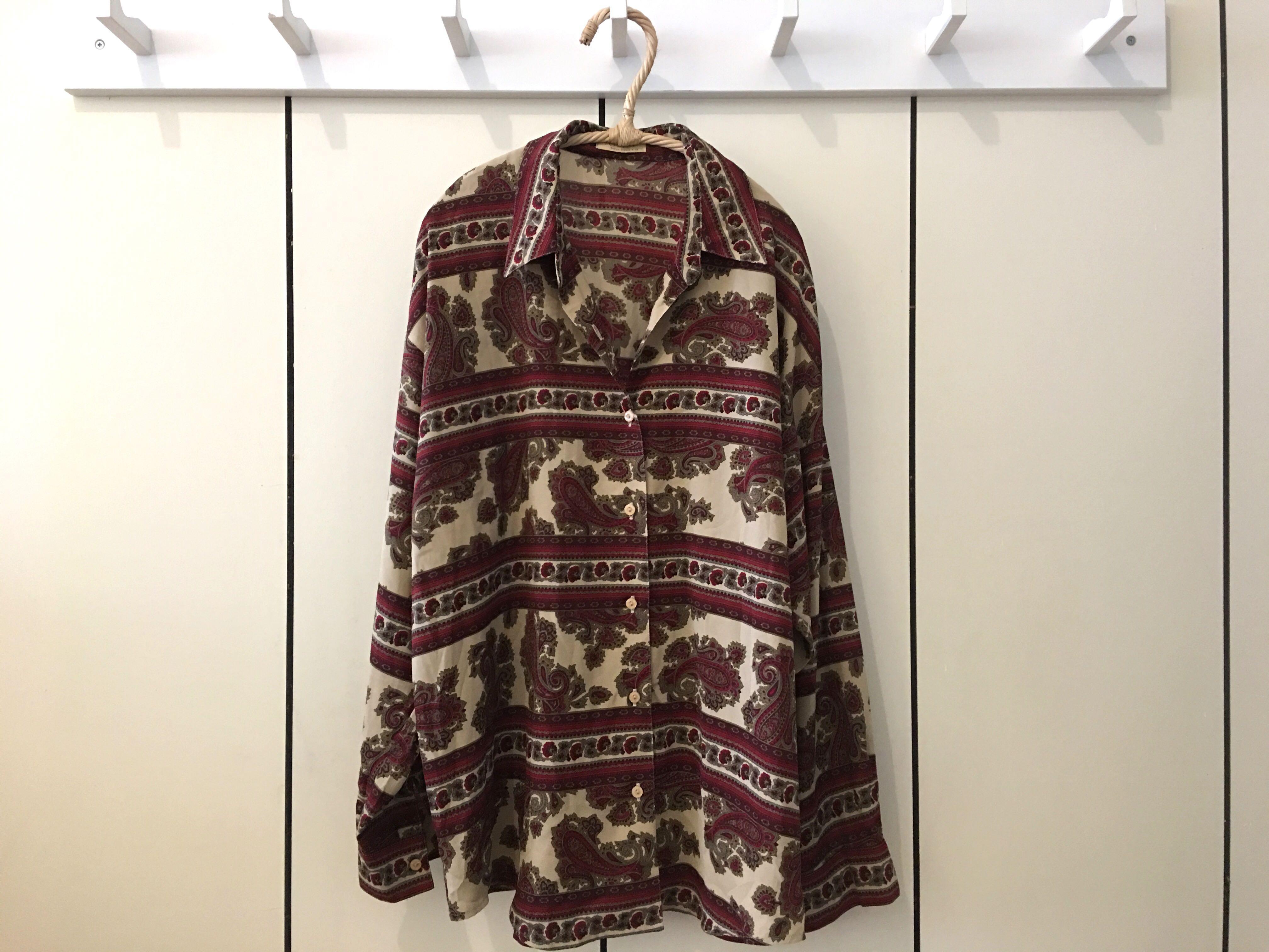 旅行的意義雜貨二手衣工作室 秋天來了 古著 復古 變型蟲 圖騰 襯衫 薄外套