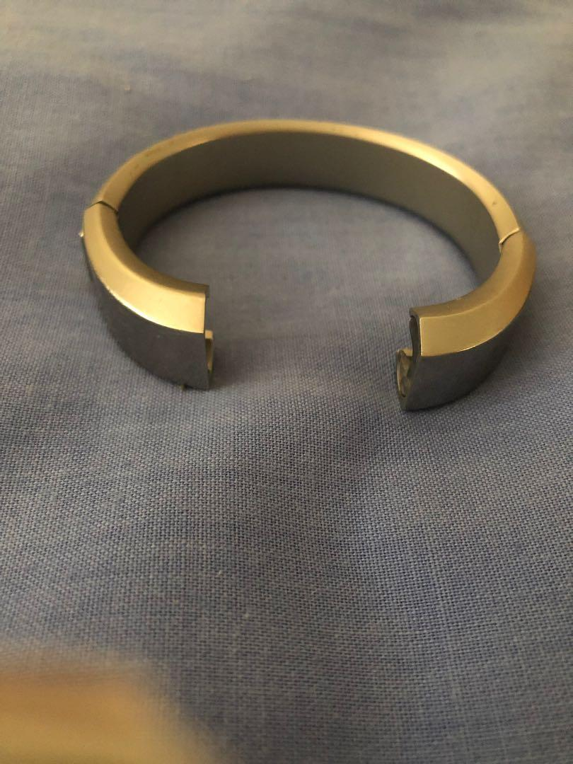 Authentic Fitbit Alta Silver Wristband and Charger
