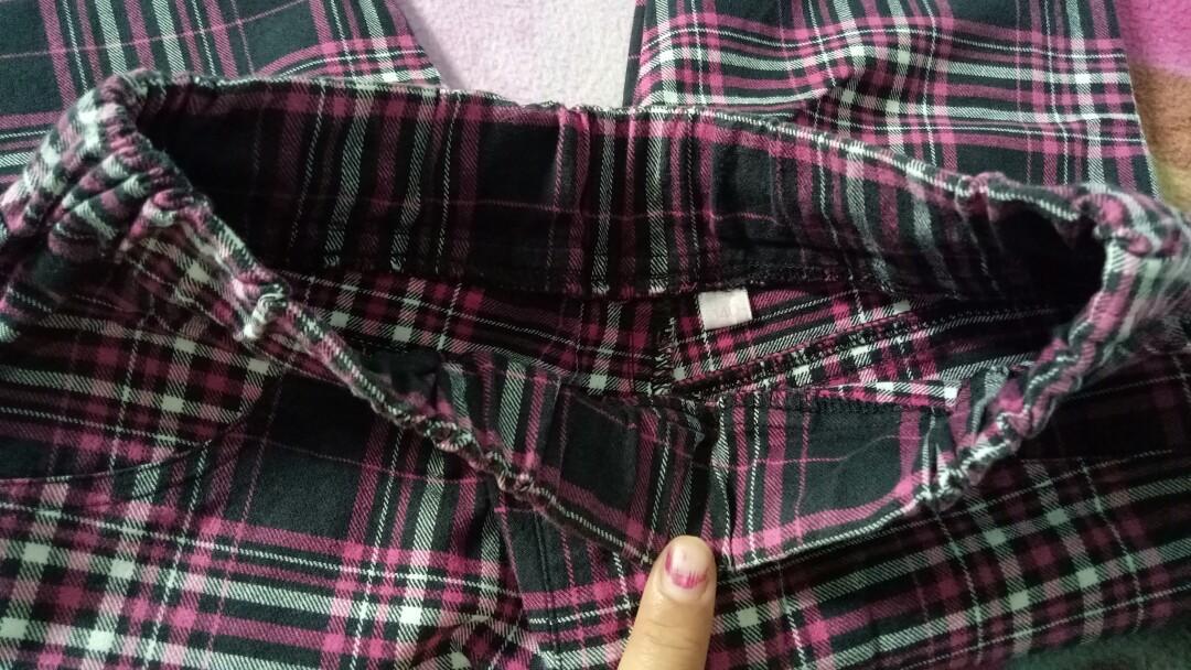 Celana Panjang Kotak/Liris Pink