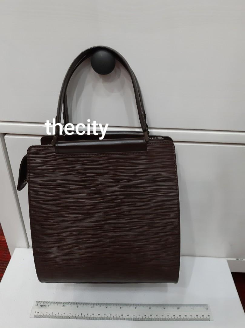 AUTHENTIC LOUIS VUITTON LV EPI LEATHER TOTE BAG - VERY GOOD CONDITION,  CLEAN INTERIOR