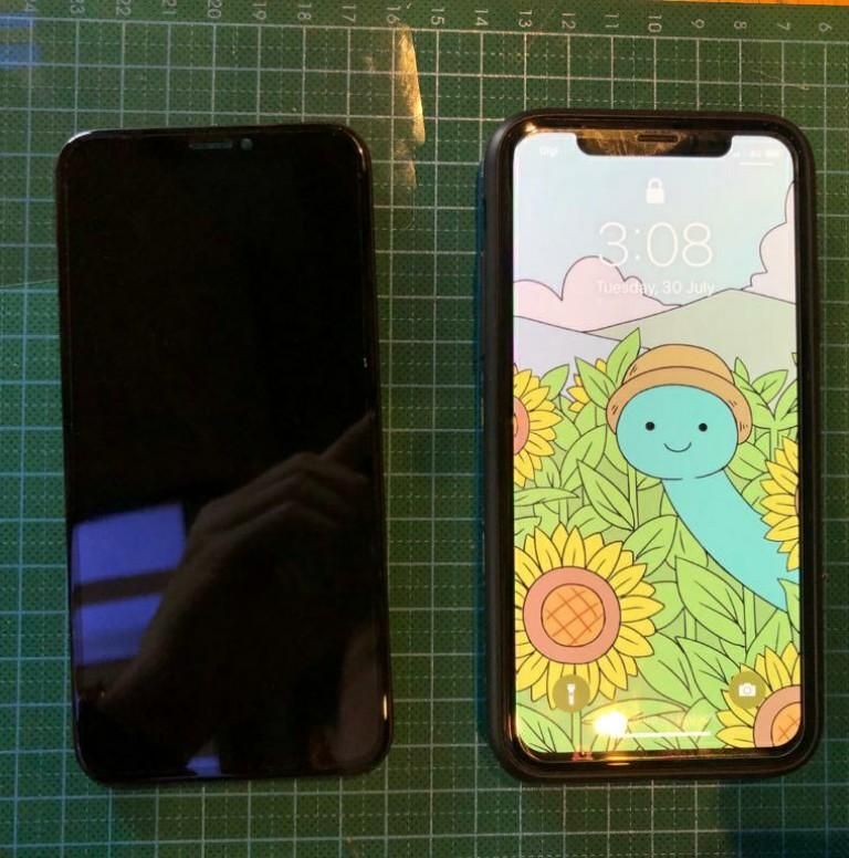 iPhone X OLED Screen Display Replacement