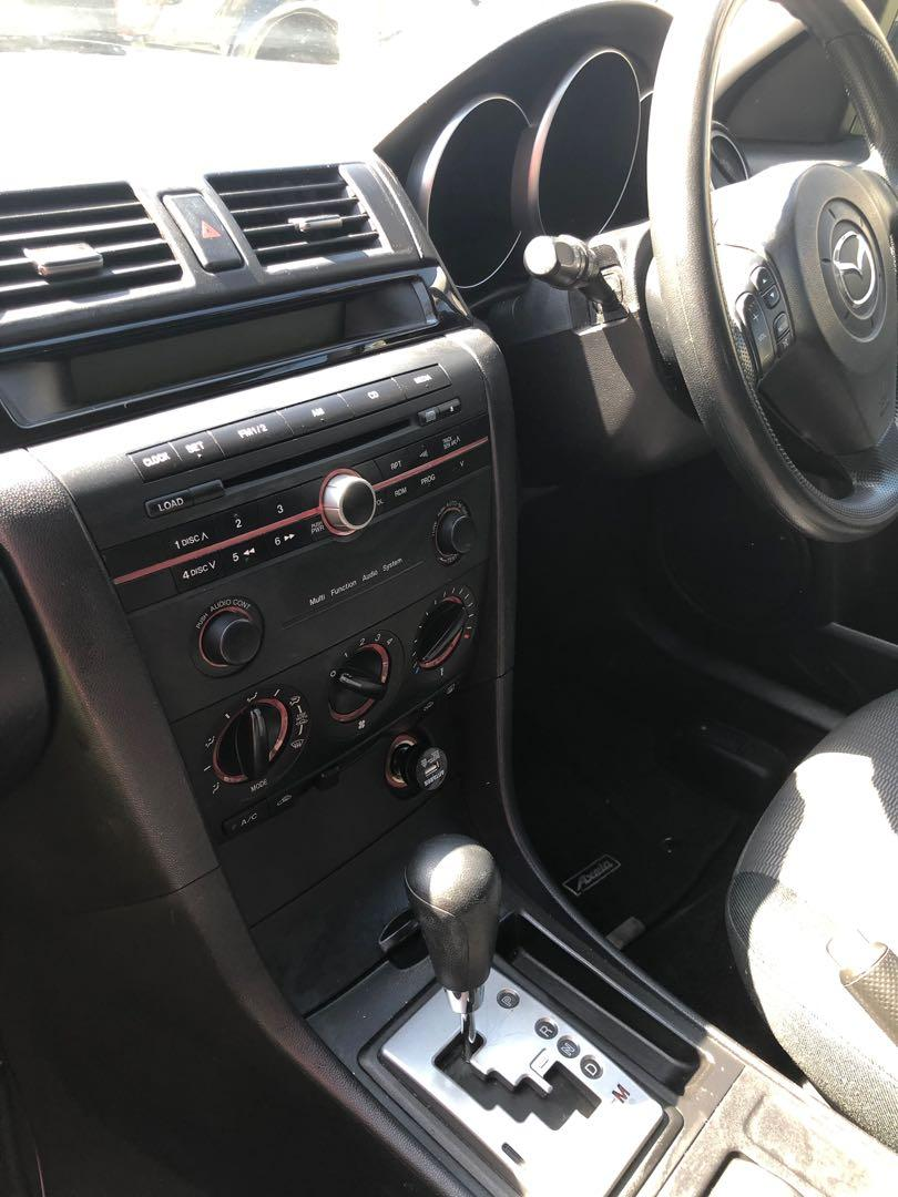 URGENT SALE Mazda axela hatchback 2007