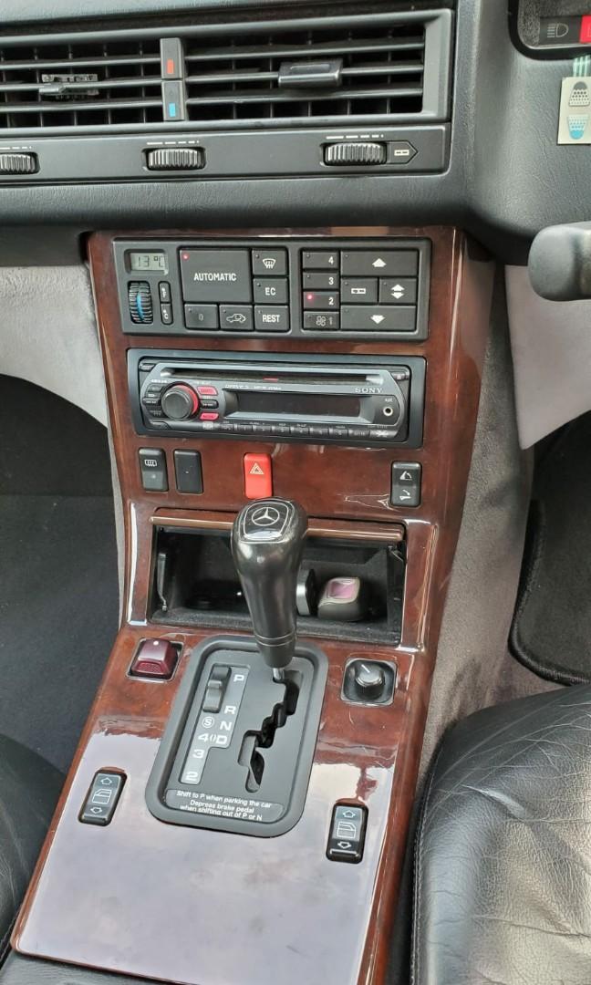 MERCEDES-BENZ SL320 1994
