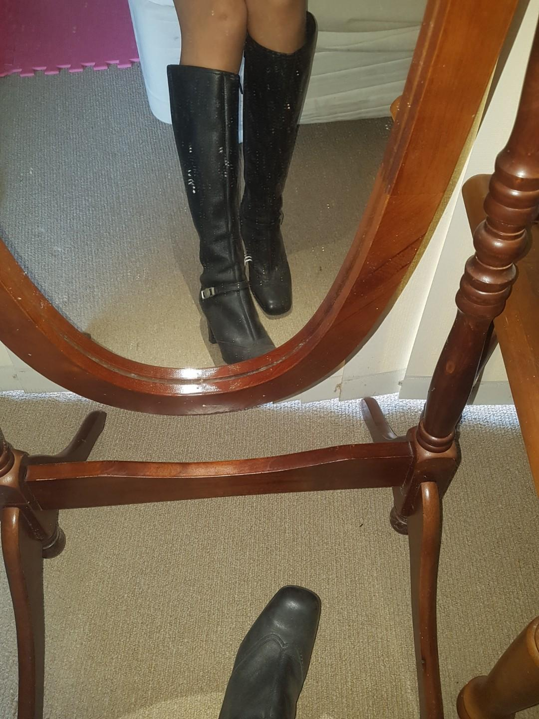 Never worn out. Authentic versace long boots, size 5-6