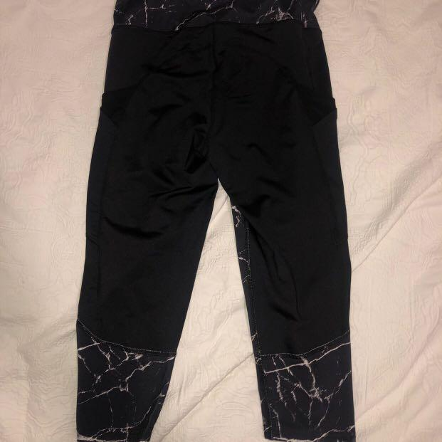 NEW WITHOUT TAGS WOMEN'S CRANE WORKOUT GREY AND BLACK COMPRESSION LEGGINGS/SKINS/TIGHTS Size 6-8 or XS