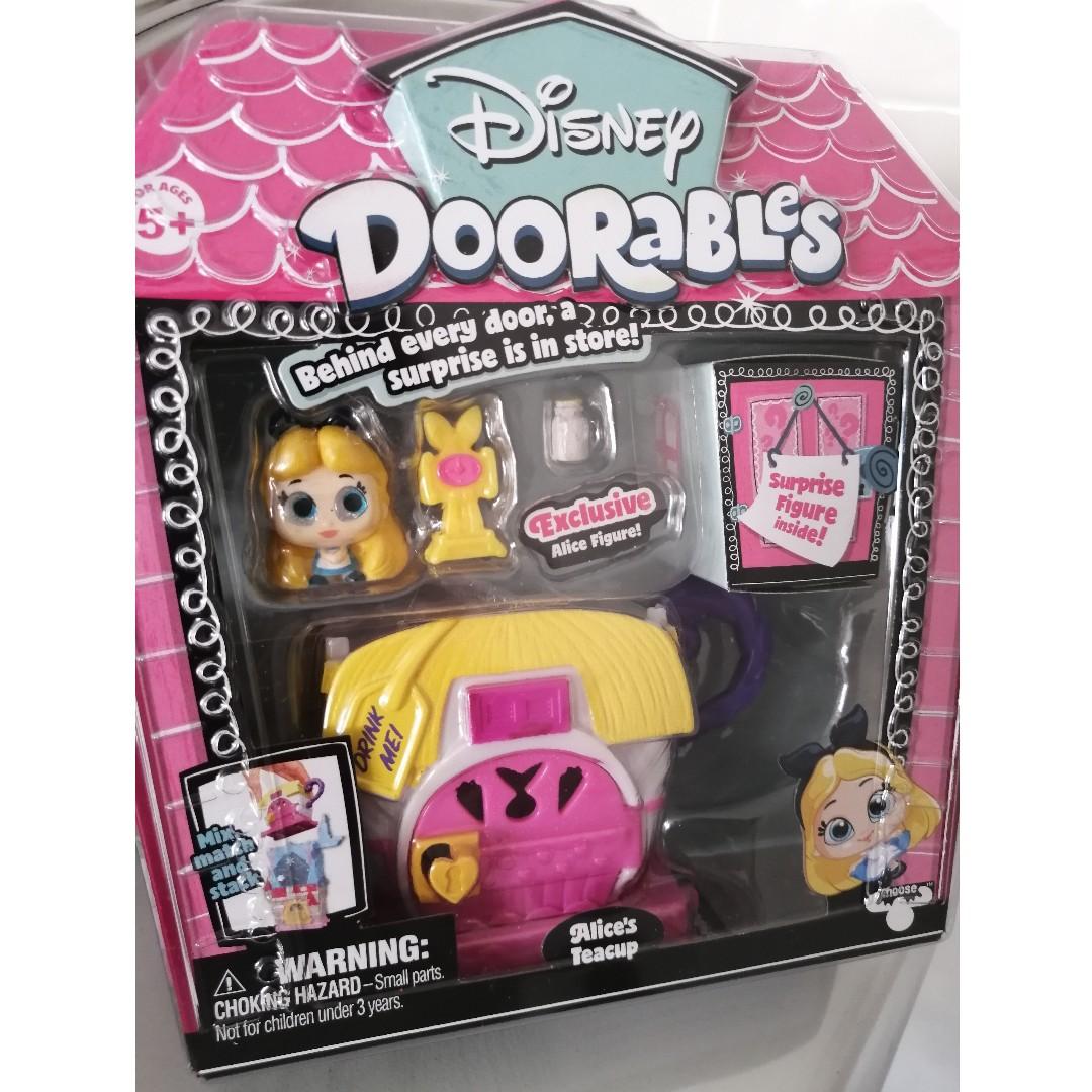 Disney Doorables Alice/'s Teacup Playset Wonderland inc Surprise figure BNIB