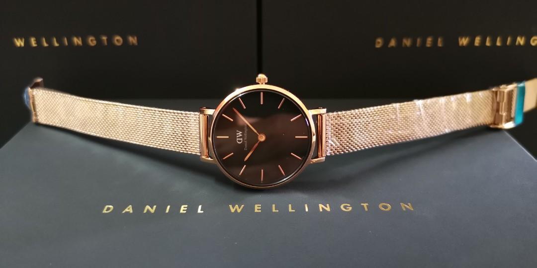 Premium Quality DW RG/RG BLACK Small-Size 28mm Quartz Ladies Watch Wrist Watch + Bangle + Ring
