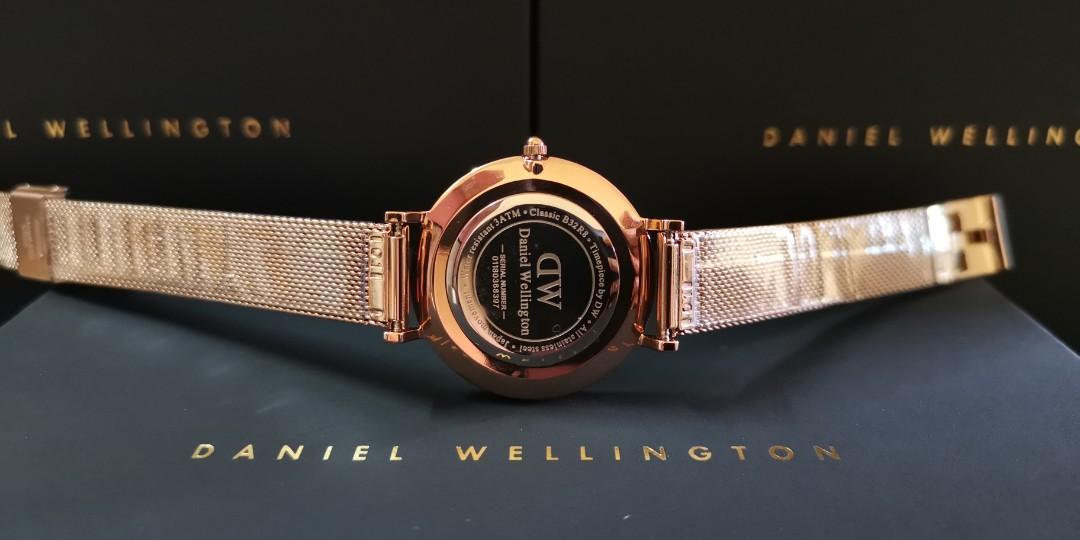 Premium Quality DW RG/RG BLACK Mid-Size 32mm Quartz Ladies Watch Wrist Watch + Bangle + Ring