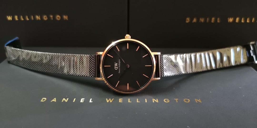 Premium Quality DW RG/PVD BLACK Small-Size 28mm Quartz Ladies Watch Wrist Watch + Bangle + Ring