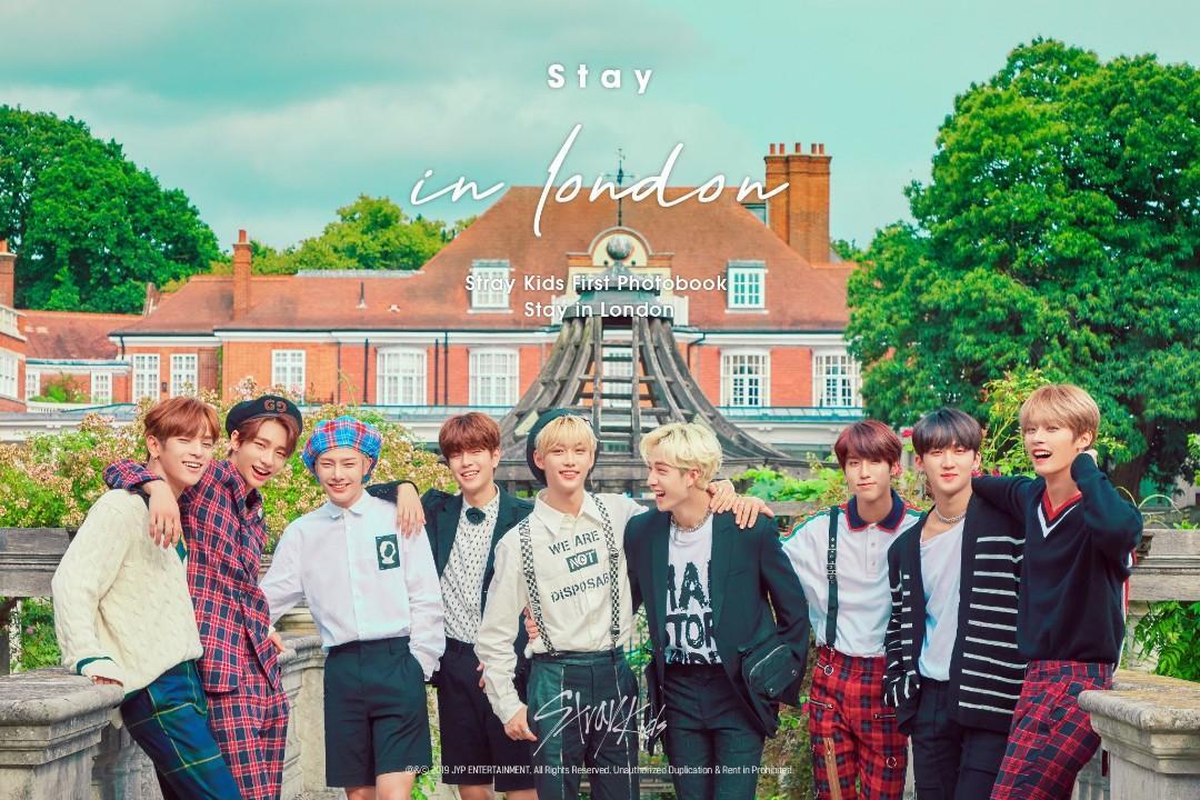 Stray Kids 1st Stay in London Photobook loose item postcard