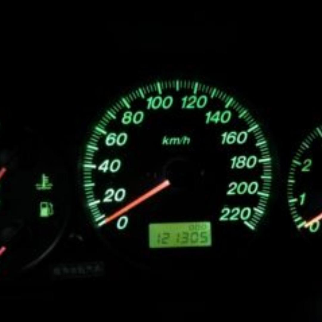 自售中古福特Tierra Actriva 1.6純自用轎車,女用保養佳,外觀非常漂亮,適合初學者或代步車
