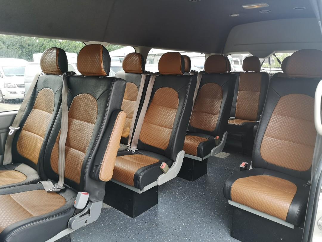 Toyota Hi-Roof Bus