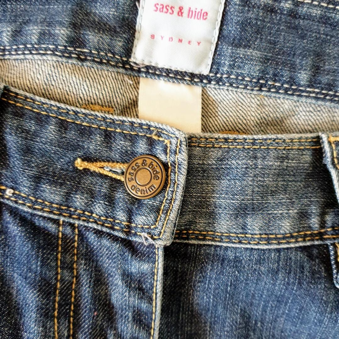 Women's size 28 'SASS & BIDE' Gorgeous blue denim skinny jeans - AS NEW