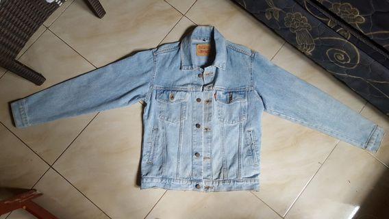 Jaket Jeans Levi's Biru Muda Size S not ori Levis