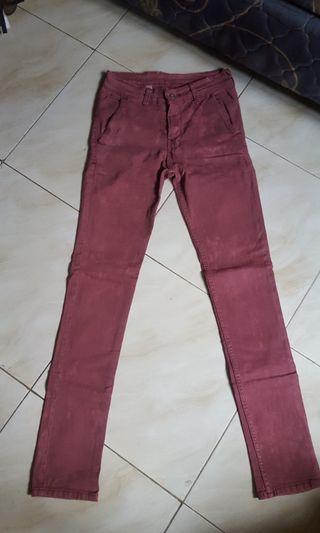 Celana Chino Maroon Size 28