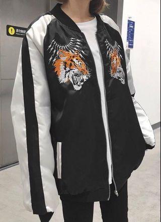 復古刺繡外套