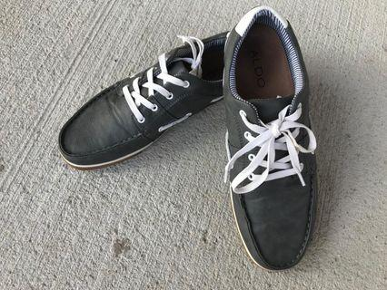 Mens Grey loafers, Size 10.5