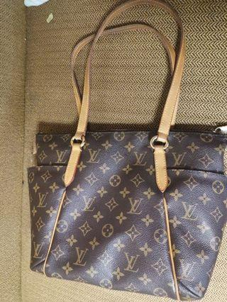 Authentic Louis Vuitton LV Totally PM