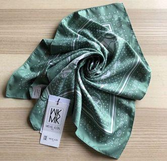 全新日系專櫃MK(MICHEL KLEIN)湖水綠方巾 絲巾