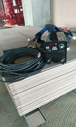 焊特威S250電焊機