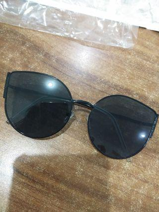 Sunglasses Black cat
