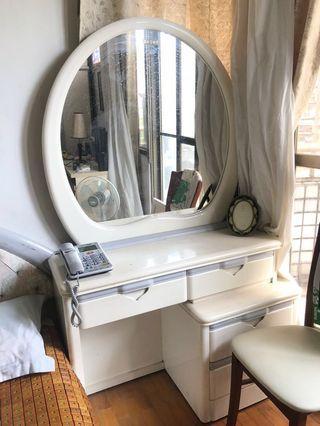 日本浮式硝子梳妝檯