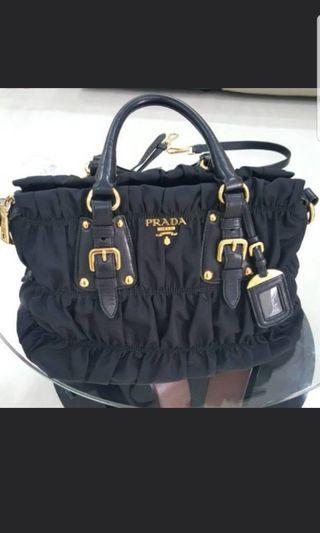 💯Authentic Prada Tessuto Gaufre Nylon Bag BN1336