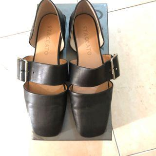 Preloved flat shoes staccato black