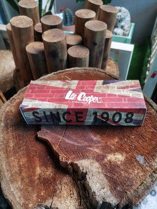Sunglasses casing (Lee Cooper)