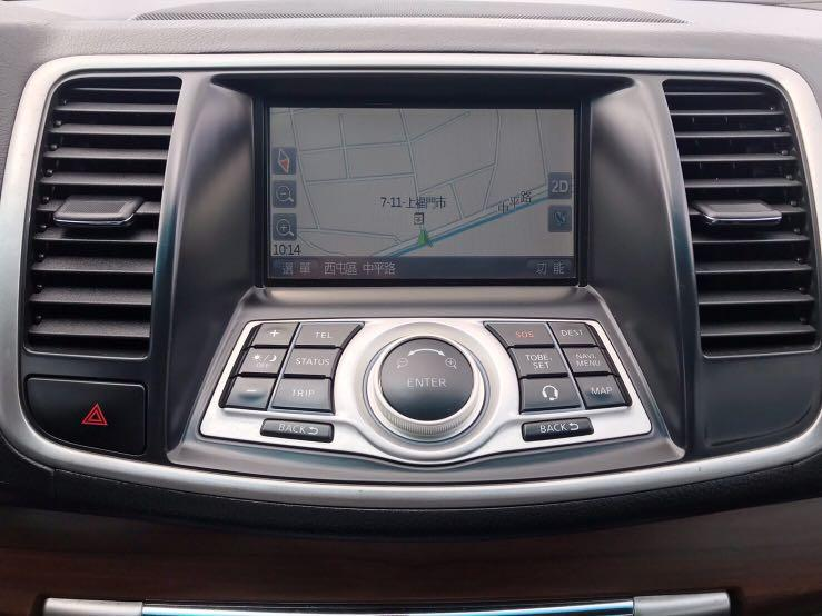 2011年   Nissan  teana 2.0