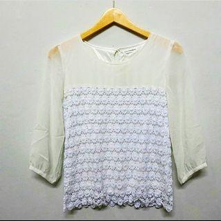 #RamadanSale Baju import Murah - White Lace Top / blouse putih