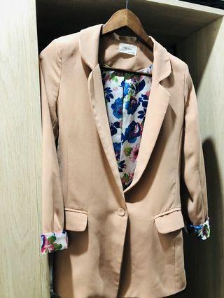 正韓小姐姐西裝外套