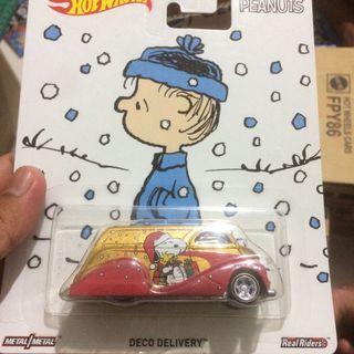 Hot Wheels Peanut & Mad Manga