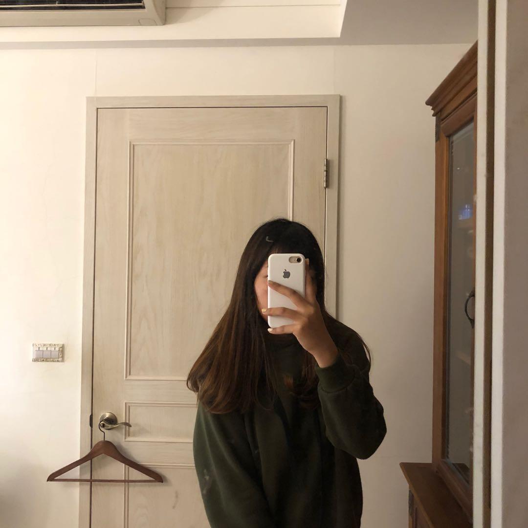墨綠長版帽踢