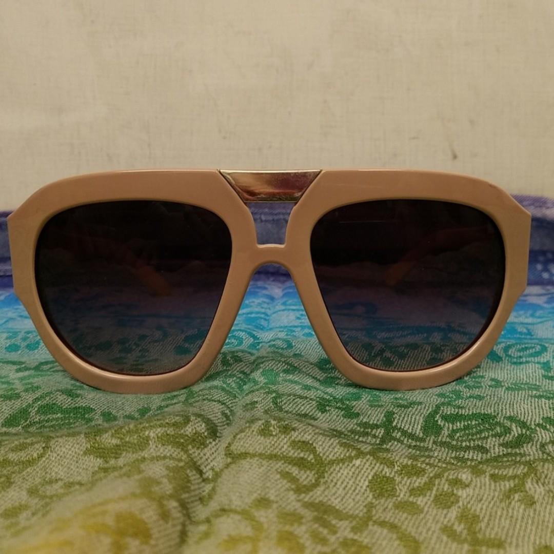 全新 太陽眼鏡 女人 時尚 美感 蘇格蘭格子