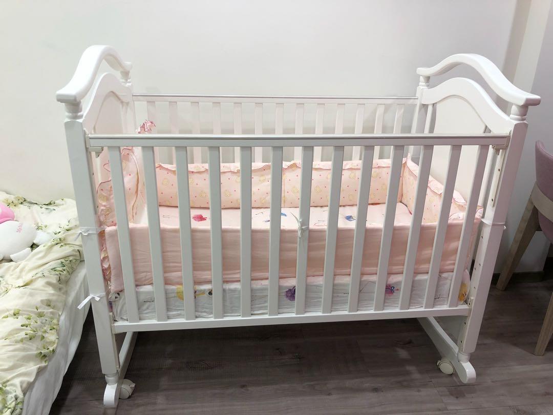 Baby city嬰兒床9成新