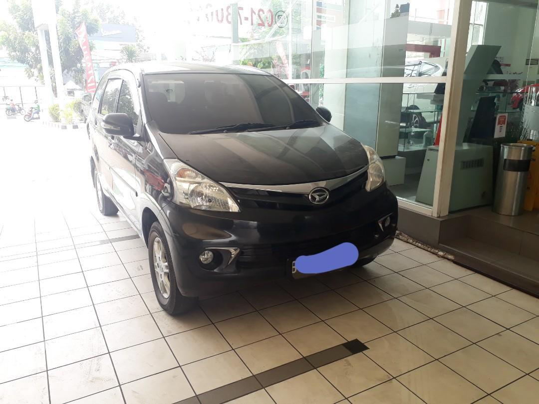 Daihatsu xenia 2013 type x,manual warna hitam negotaible.