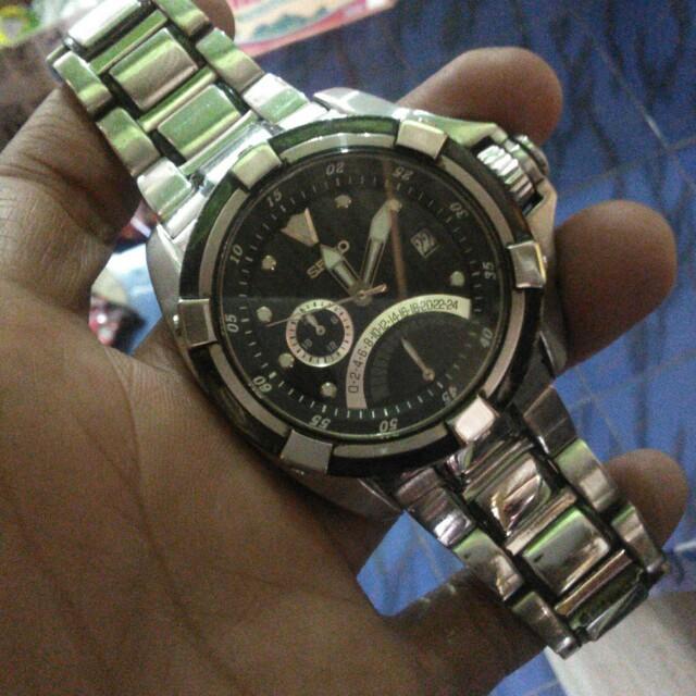 Jam tangan seiko velatura