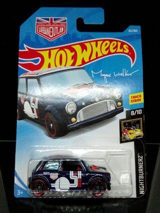 Hot Wheels Morris Mini Urban Outlaw Magnus Walker