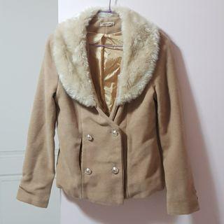 【服飾】韓版小香風氣質毛領短版毛呢外套,均碼。全新轉賣