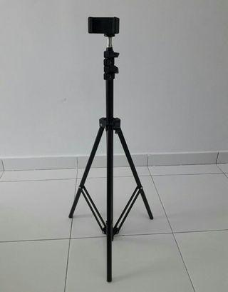 Expandable Phone Tripod Stand