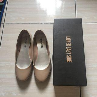 Cream flat shoes by Payles size 7
