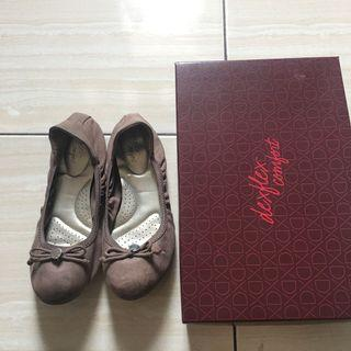 Brown flatshoes by Payles size 7