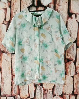 Lily vintage blouse