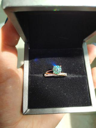 藍綠色莫桑石戒指一克拉莫桑戒指