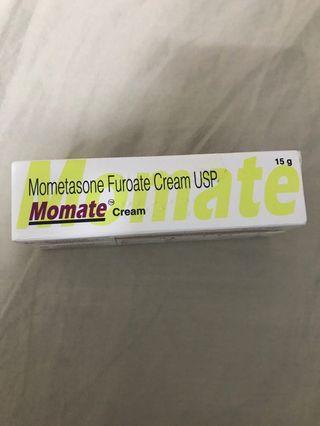 Momate Steroid Cream
